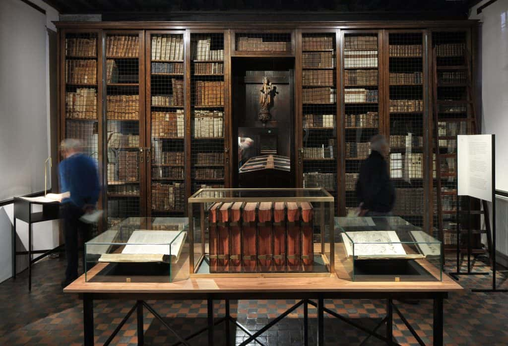 Royal Bible - The museum library contains unique manuscripts and printed Bibles, among which the beautifully handwritten Wenceslas Bible, a rare complete 32-line Gutenberg Bible, and the pride of the printery … the Antwerp Polyglot or Royal Bible.